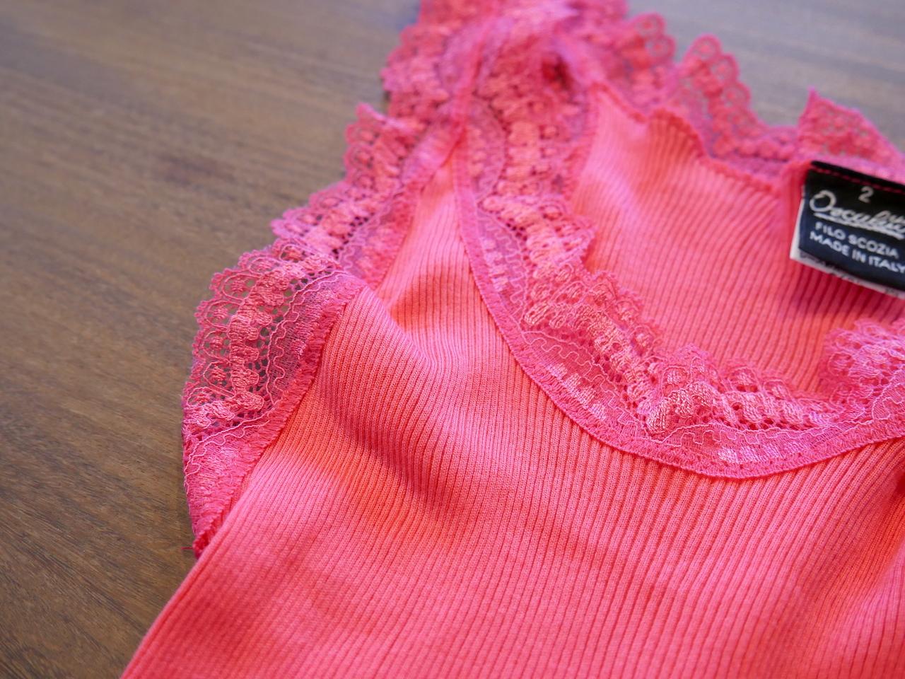 鮮やかなピンクのキャミソールを藍染めリメイクする例